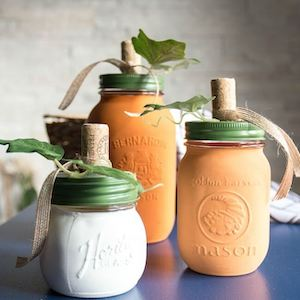 DIY Painted Mason Jar Pumpkin