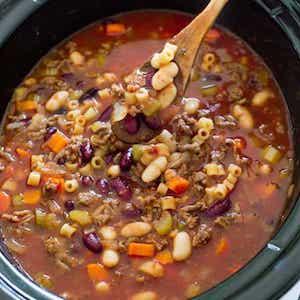 Crockpot Pasta e Fagioli Soup