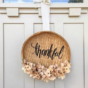 DIY Thanksgiving Basket Wreath