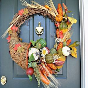 DIY Cornucopia Thanksgiving Wreath