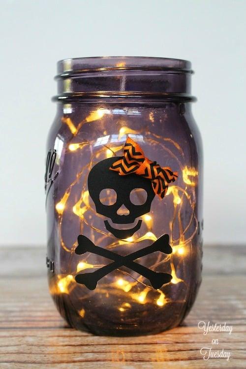 50 Diy Mason Jar Halloween Crafts Prudent Penny Pincher