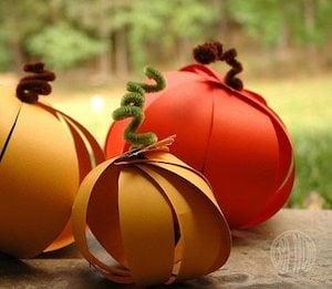 Easy Paper Pumpkins thanksgiving craft for kids