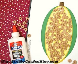 Cheerio Corn on the Cob thanksgiving craft for kids