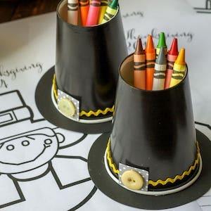 Pilgram Hat Crayon Cups thanksgiving craft for kids