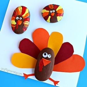Painted Rock Turkey thanksgiving craft for kids