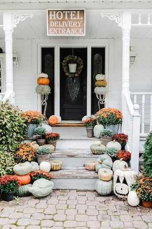 Rustic Farmhouse Fall Front Steps