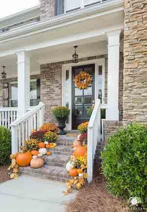 pumpkin lined front steps