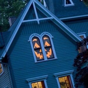 house o lantern halloween window decor idea