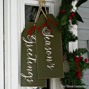 Season Greetings Christmas Door Hanger Decoration