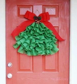 DIY Christmas Tree Hanging on the Front Door