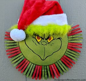grinch clothespin wreath christmas decoration