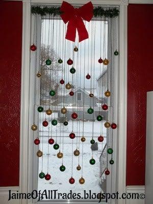 DIY Christmas Window Ornament Decor