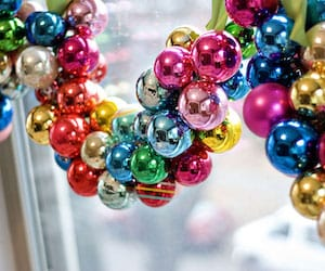 Ornament Garland for the Windows